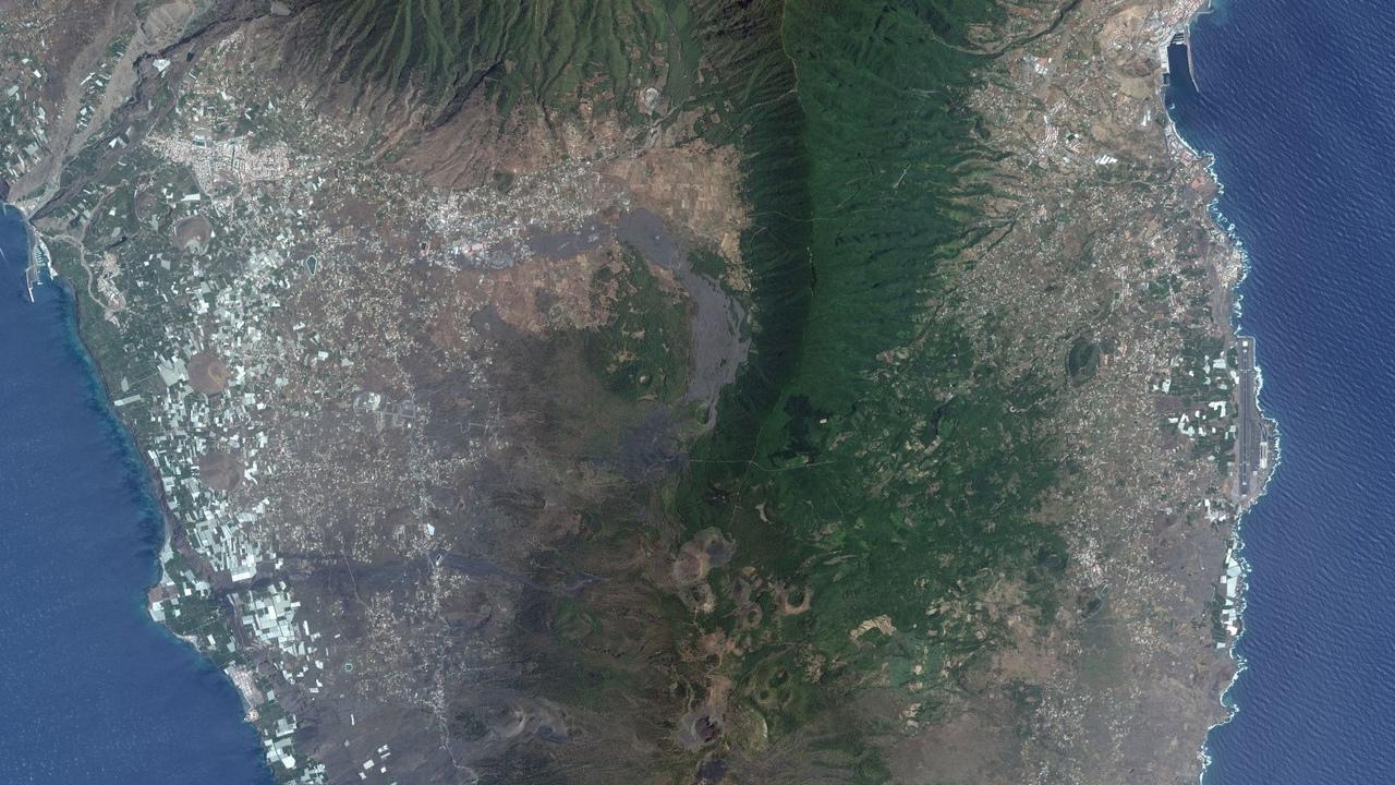 За извержением вулкана на острове Пальма следят из космоса, а кислотные дожди ждут даже во Франции