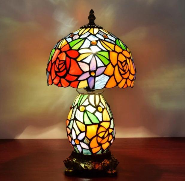 Купить настольный светильник Тиффани в Санкт-Петербург
