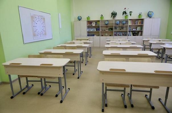 В Приморье продолжается капитальный ремонт школВ П...