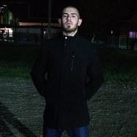 Фотография страницы Олега Пилояна ВКонтакте