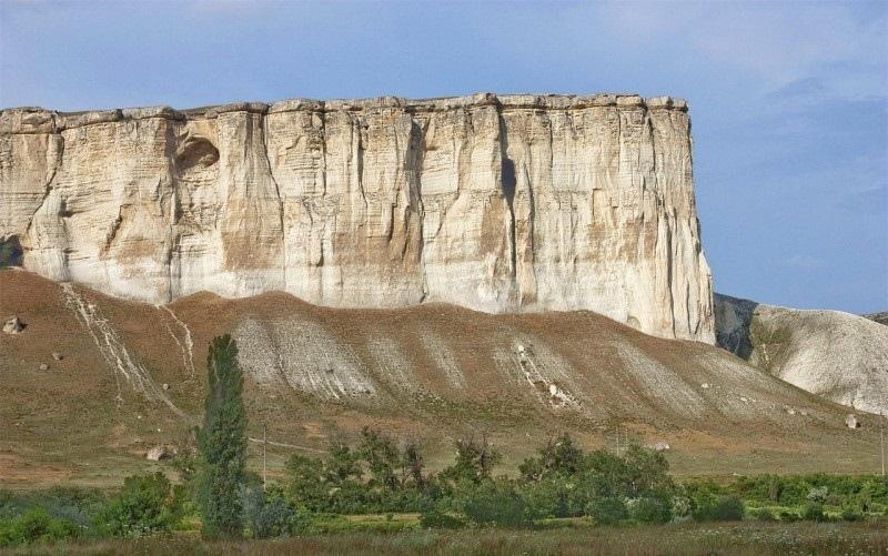 Земля один огромный древний карьер, изображение №55