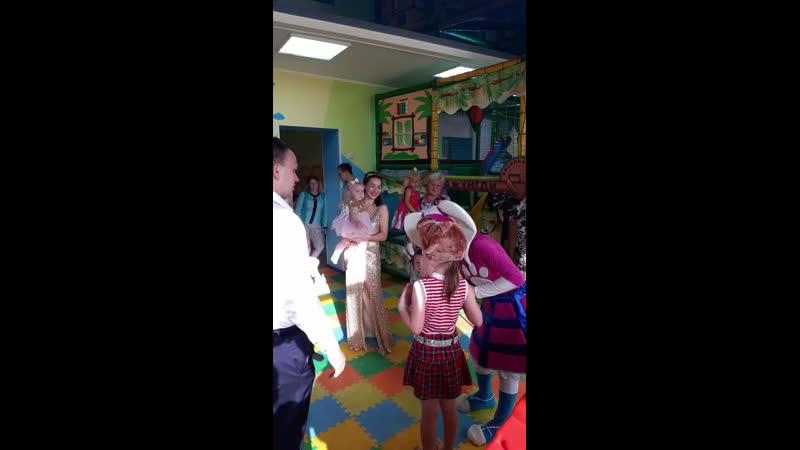 Live: Мабушка. Детская игровая комната и семейное кафе