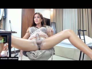 SHEMALE - Tsmanika [Cock Slap + Cum]