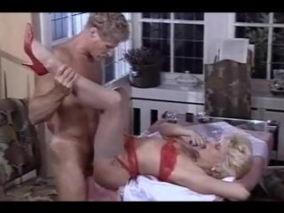 Amateur interacial vintage retro milf blonde wife homemade / домашнее порно зрелая мамка жена короткие волосы