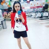 Даша Светлакова